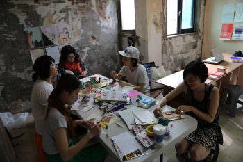 CACA (CalArts Collage Association) in full swing on its first trip to Asia